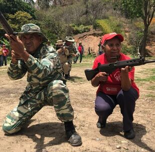 Venezuelan People Get Ready to Repel a Probable Military Aggression