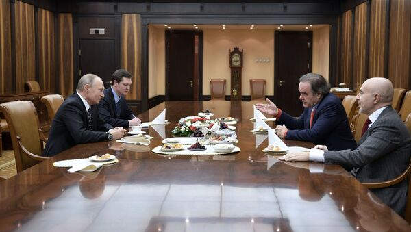 Russian President Vladimir Putin is giving an interview with US film director Oliver Stone. - Sputnik International