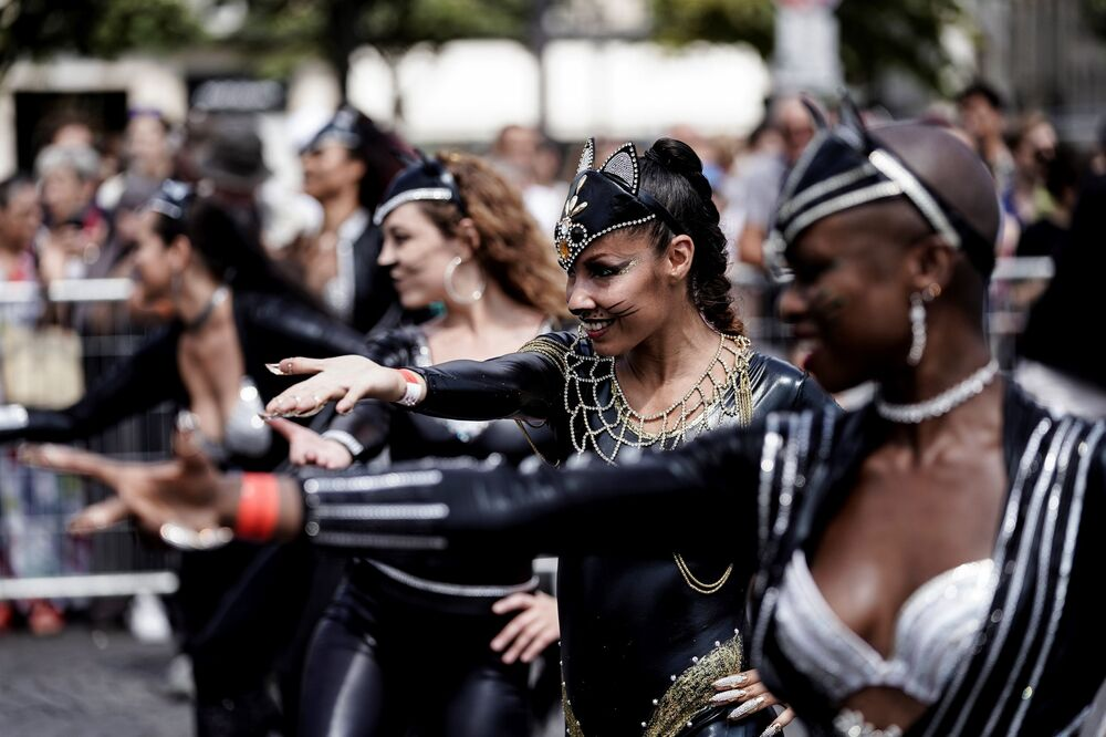 Women during the Tropical Carnival in Paris.