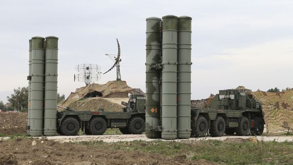 Russian S-400 long-range air defense missile systems  - Sputnik International
