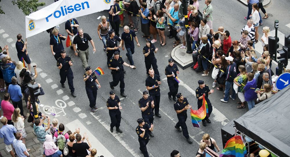 Participants from the Swedish police take part in the HBTQ festival Stockholm Pride parade (File)