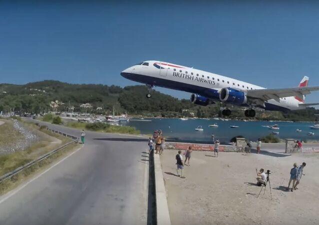 SKIATHOS 2019 - LOWEST LANDING EVER? The EUROPEAN ST. MAARTEN (4K)