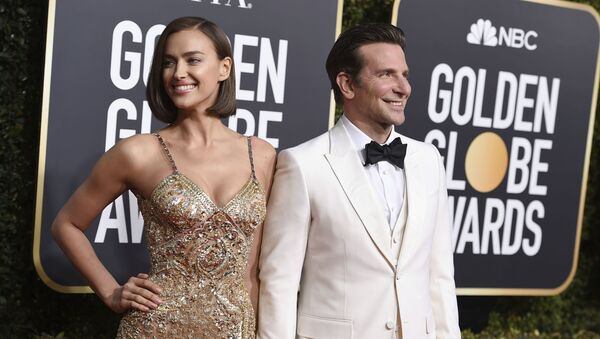Bradley Cooper, right, and Irina Shayk arrive at the 76th annual Golden Globe Awards at the Beverly Hilton Hotel on Sunday, Jan. 6, 2019, in Beverly Hills, Calif. - Sputnik International