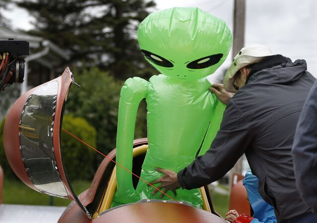 An inflatable extraterrerial alien toy