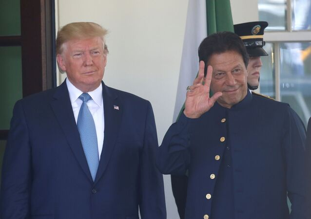 U.S. President Donald Trump stands with Pakistan's Prime Minister Imran Khan at the White House in Washington, U.S., July 22, 2019
