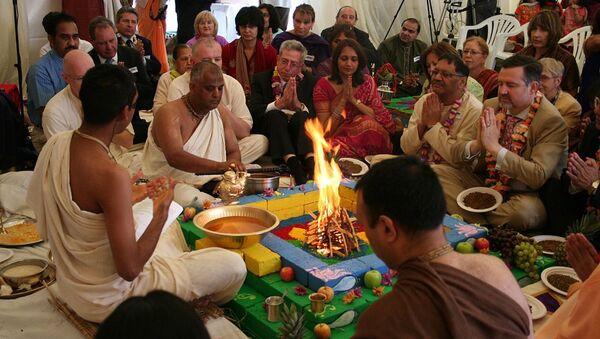 Yajna is a fire deity ritual, common in puja (pooja, Hindu prayers) - Sputnik International