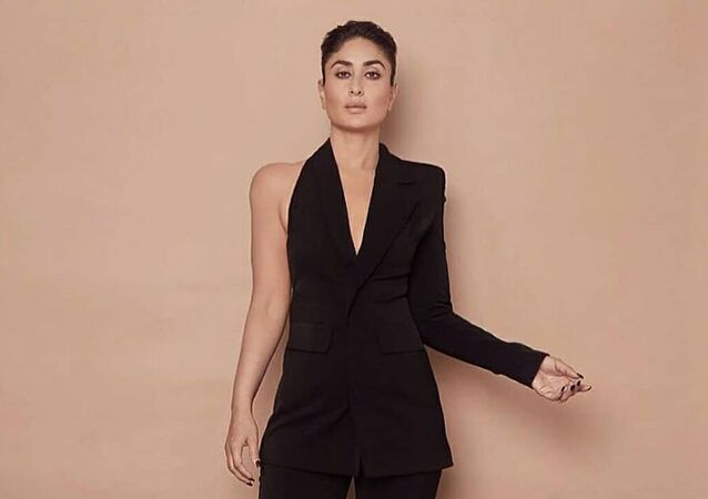 Indian superstar actress Kareena Kapoor Khan is known for literally taking her fans' breath away with her glamorous style of dressing. However, this time her outfit has left many of her fans, especially the Twitterati, smiling.