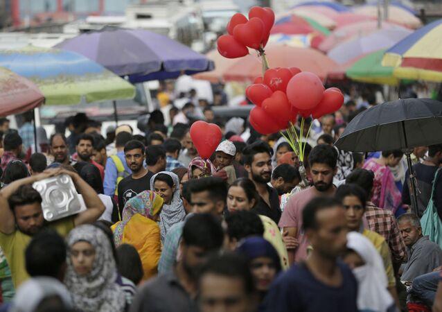 Kashmiris shop at a local market ahead of Eid al-Adha festival in Srinagar,  Kashmir (File)