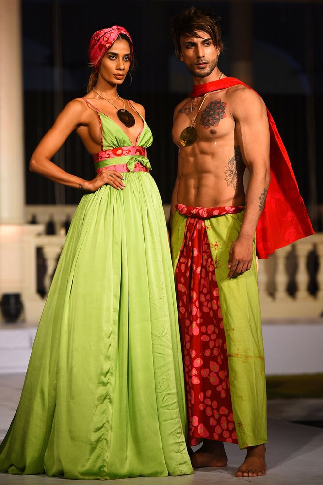 Models Sizzle In Swimsuits At Beach Fashion Show In Sri Lanka Sputnik International