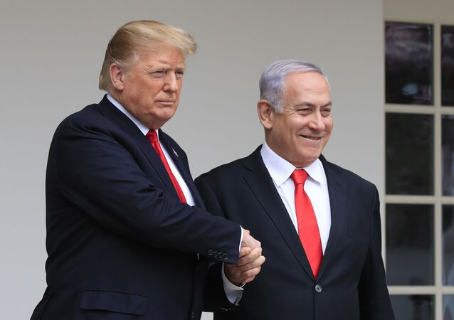 President Donald Trump welcomes visiting Israeli Prime Minister Benjamin Netanyahu to the White House in Washington, Monday, March 25, 2019