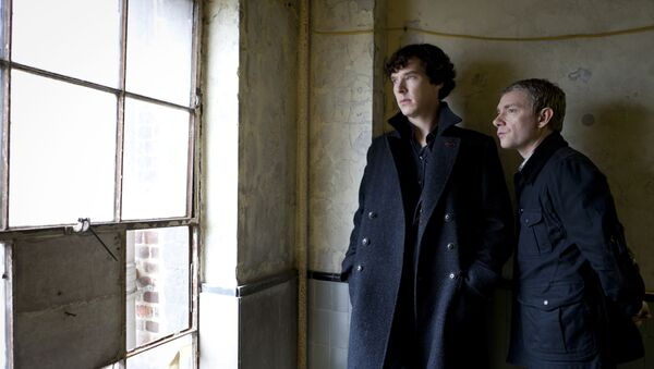 Benedict Cumberbatch as Sherlock, left, and Martin Freeman as Watson are shown in the Sherlock: A Scandal in Belgravia - Sputnik International