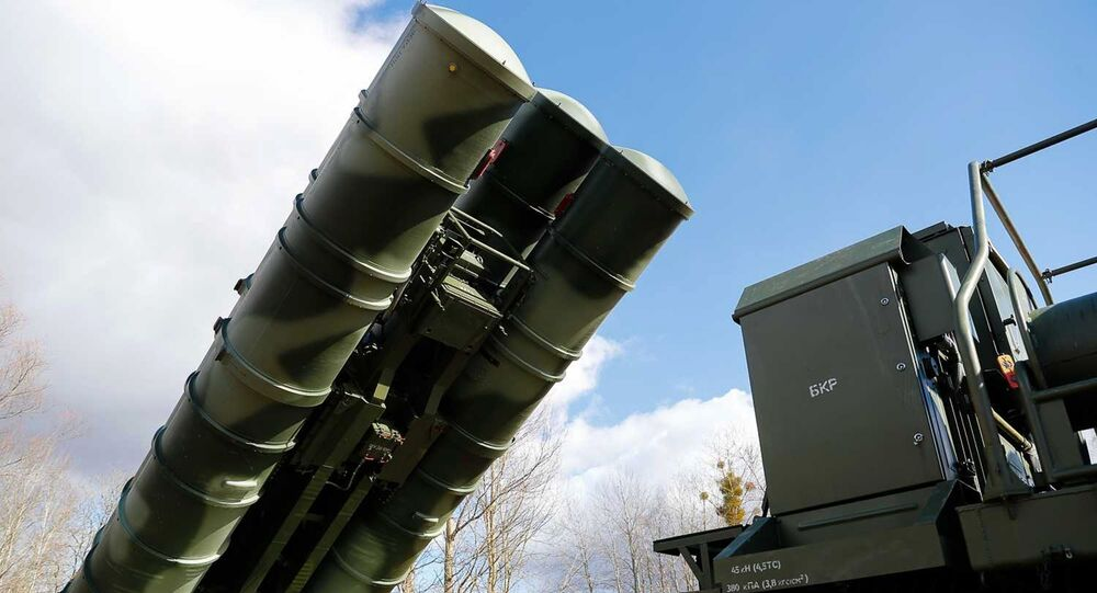 The latest S-400 Triumph anti-aircraft missile systems, which entered service with the Baltic Fleet air defense system in the Kaliningrad Region