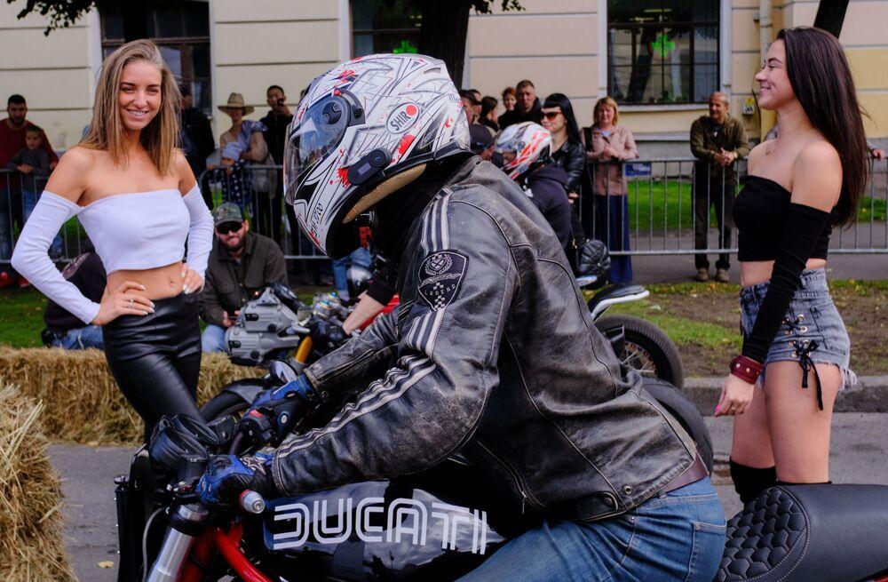 Saint Petersburg hosted the third International motorcycle festival 'Motostolitsa'.