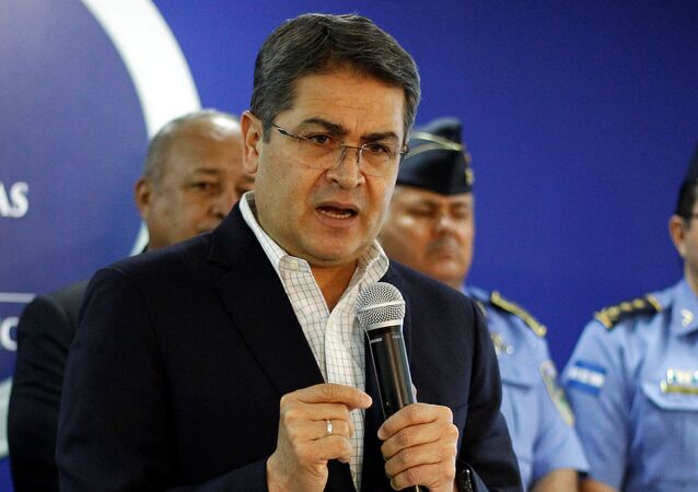 Honduras' President Juan Orlando Hernandez speaks during a news conference at the Presidential House in Tegucigalpa, Honduras