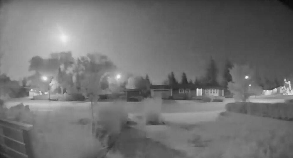 A meteor falls over Edmonton, Canada. August 31, 2019 - 10:24 pm MT.
