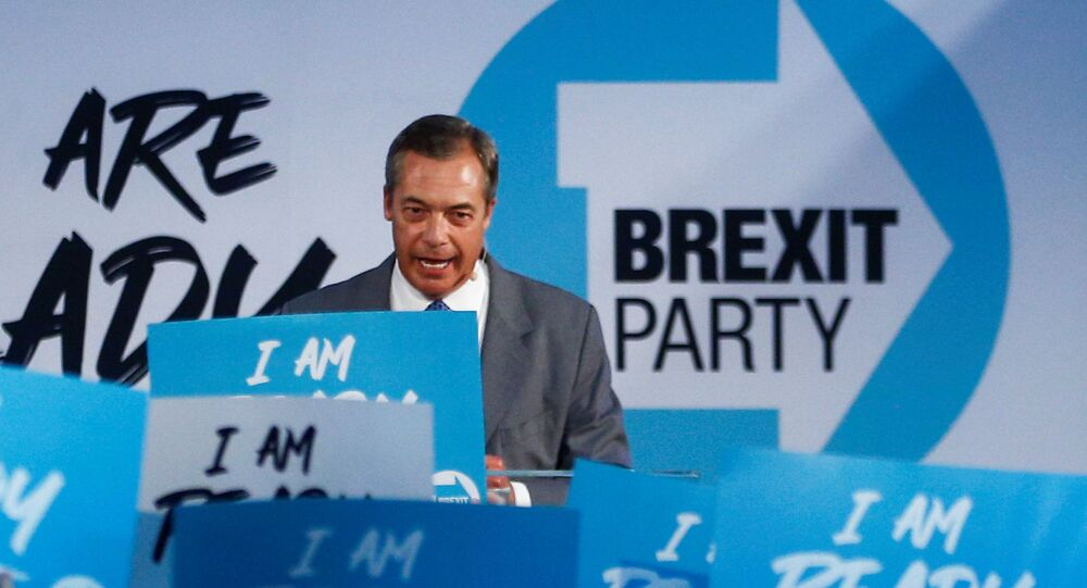 Brexit Party leader Nigel Farage speaks during a Brexit Party news conference in London, UK, 27 August 2019