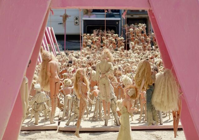 Barbie Death Camp