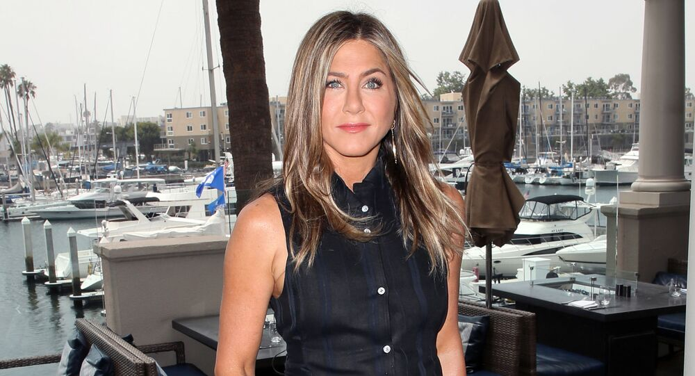 MARINA DEL REY, CALIFORNIA - JUNE 11: Jennifer Aniston attends a photocall of Netflix's Murder Mystery at the Ritz Carlton Marina Del Rey on June 11, 2019 in Marina del Rey, California