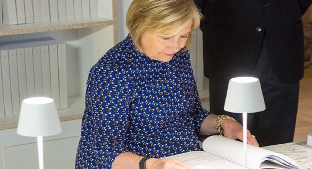 Hillary Clinton spent an hour yesterday reading her emails at my exhibition of all 62,000 pages of them in Venice