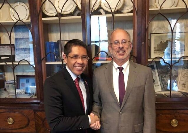 Meeting between Singapore's Senior Minister of State, Ministry of Defense and Ministry of Foreign Affairs, Dr Mohamad Maliki Bin Osman and US Deputy National Security Advisor Charles Kupperman, 6 February 2019