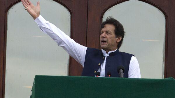 Pakistani Prime Minister Imran Khan addresses a Kashmir rally at the Prime Minister office in Islamabad, Pakistan, Friday, Aug. 30, 2019 - Sputnik International