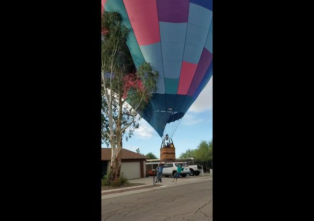 Hot Air Balloon Crashes Into Arizona Tree