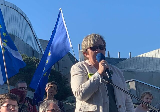 Joanna Cherry QC MP, speaking at March to Remain rally in Edinburgh.