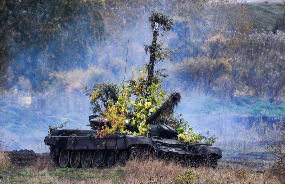 Tank T-72B3 at the Yurginsky training ground in the Kemerovo region during the Centre - 2019 strategic exercises.