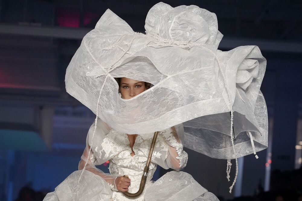 US model Bella Hadid presents a creation by Vivienne Westwood during the Women's Spring-Summer 2020 Ready-to-Wear collection fashion show in Paris, on September 28, 2019.