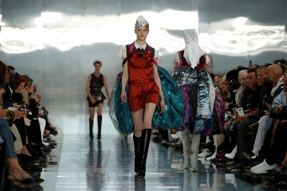 A model presents a creation by designer John Galliano as part of his Spring/Summer 2020 women's ready-to-wear collection show for Maison Margiela during the Paris Fashion Week in Paris, France, September 25, 2019.