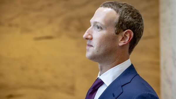 Facebook founder and CEO Mark Zuckerberg leaves a meeting with Senator John Cornyn (R-TX) in his office on Capitol Hill on September 19, 2019 in Washington, DC. - Sputnik International