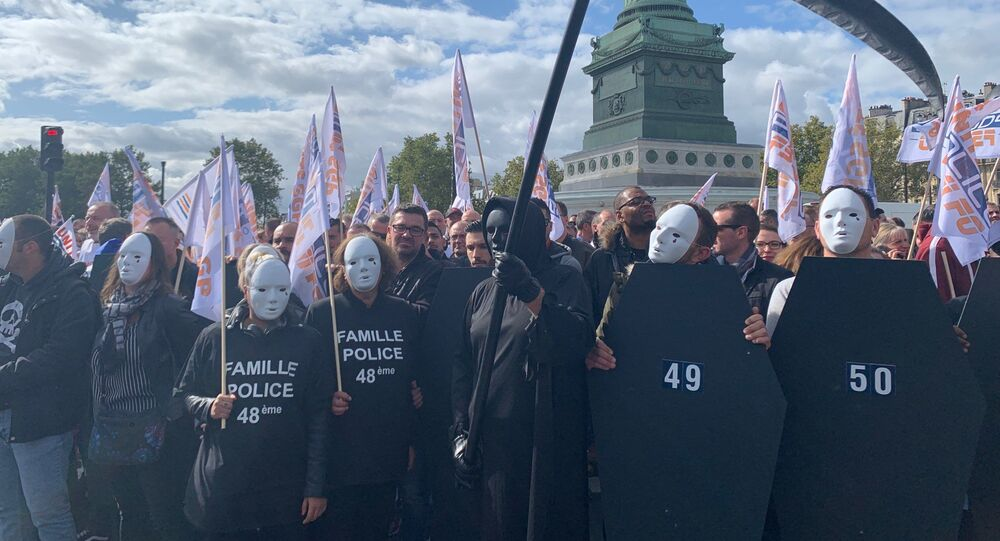 French police unions rally in Paris on 2 Oct