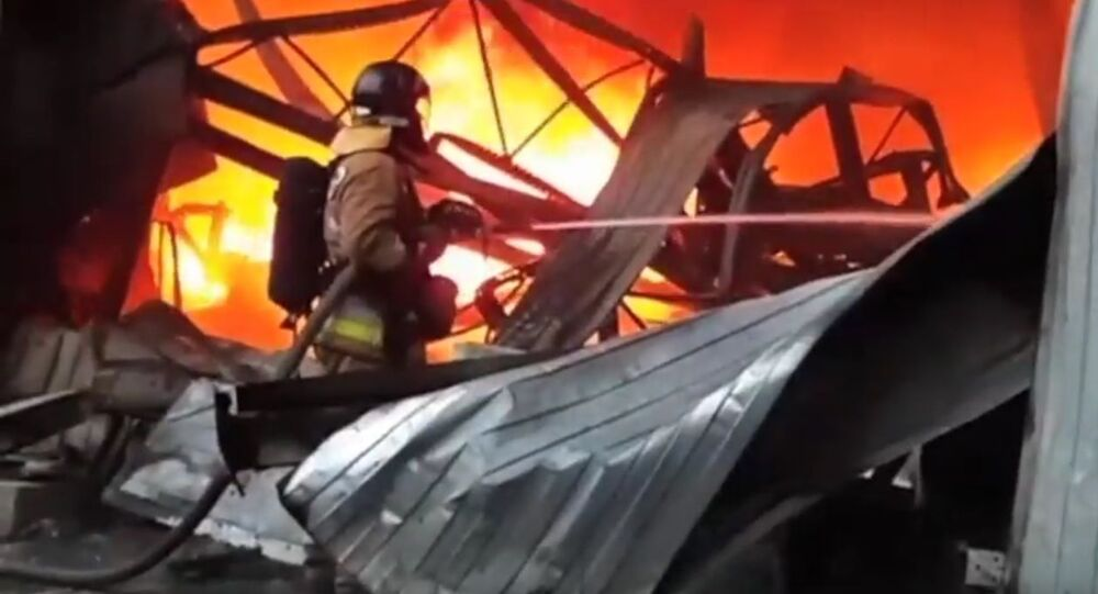 Fire in the warehouse in St. Petersburg