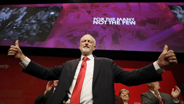 Jeremy Corbyn, leader of Britain's opposition Labour Party gives thumbs up after he addressed party members during the Labour Party Conference at the Brighton Centre in Brighton, England, Tuesday, Sept. 24, 2019.  - Sputnik International