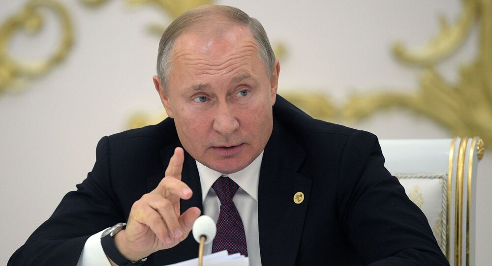 Putin Is Considering Inoculating Against Covid 19 Kremlin Says Sputnik International