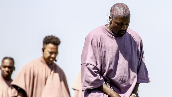 Kanye West performs Sunday Service during the 2019 Coachella Valley Music And Arts Festival on April 21, 2019 in Indio, California - Sputnik International