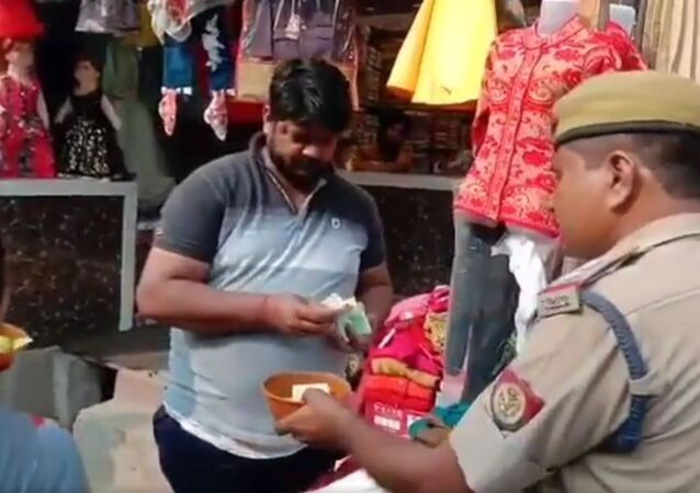 Homeguards came out on streets of Muzaffarnagar in UP with a begging bowl to protests govt's decision to remove 25,000 homeguards due to financial constraint