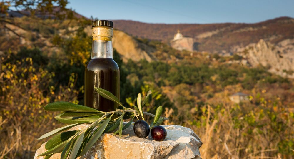 Russian olive oil from olives of Crimean Federal University