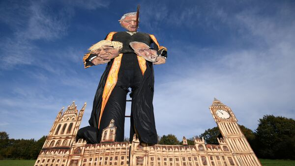 The 11-metre effigy of Britain's Speaker of the House of Commons John Bercow holding Prime Minister Boris Johnson and Labour Party leader Jeremy Corbyn is seen after it was unveiled today ahead of the Edenbridge Bonfire Celebrations in Edenbridge, Britain October 30, 2019. REUTERS/Tom Nicholson NO RESALES. NO ARCHIVES - Sputnik International