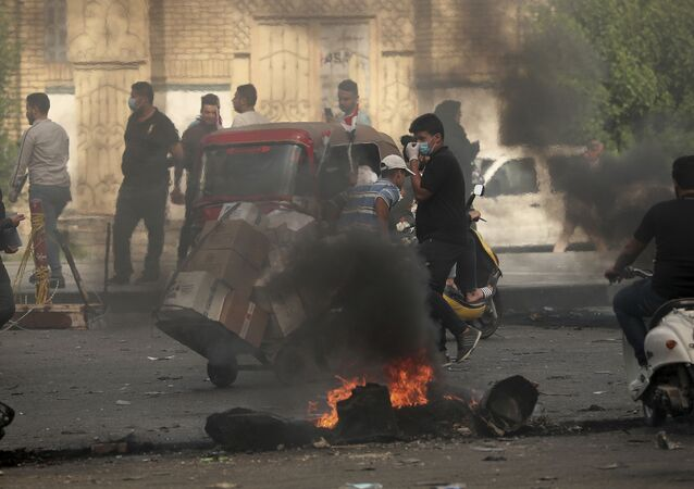 Iraqi protesters are blocking roads in Baghdad