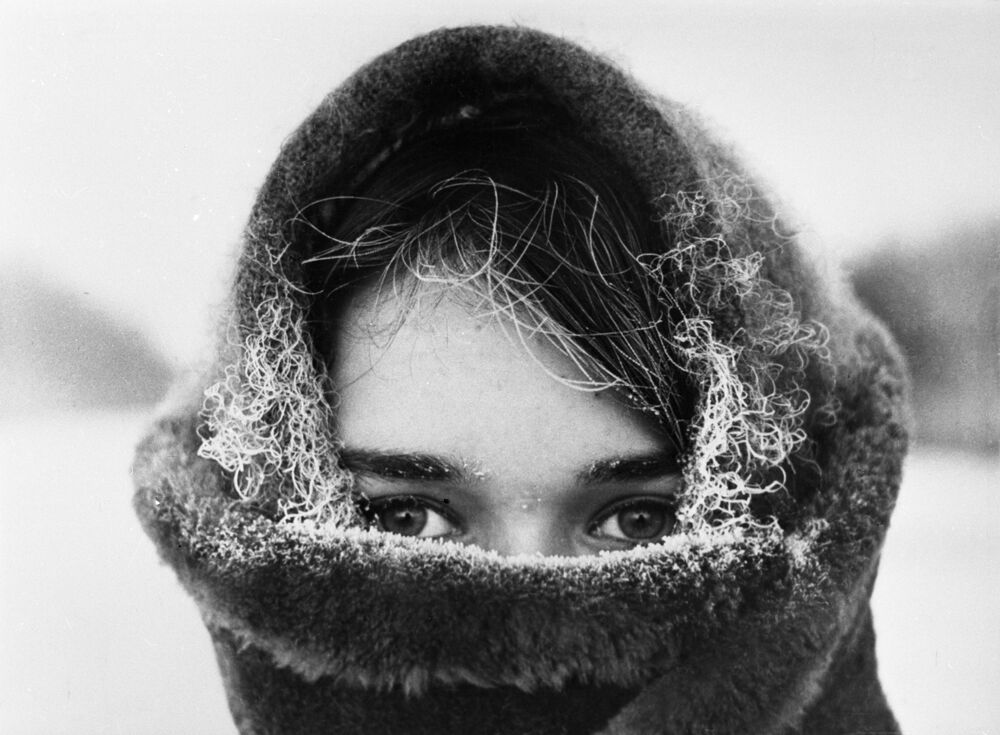 Winter (a photo by Y. Lunkov) at the Our Motherland in Pictures exhibition in Moscow (1970)