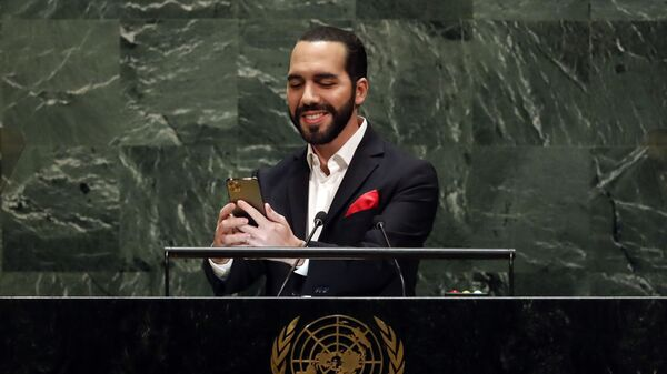 El Salvador's President Nayib Bukele takes a selfie portrait during his addresses to the 74th session of the United Nations General Assembly, Thursday, Sept. 26, 2019.  - Sputnik International