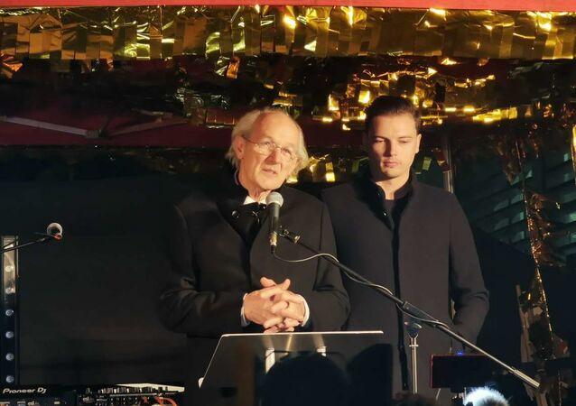John Shipton, Julian Assange's Father