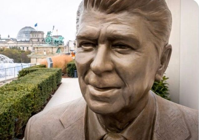 7-Foot-Tall Statue of Former US President Ronald Reagan, Berlin, Germany