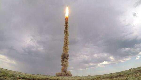 Test launch of new missile of missile defense system - Sputnik International