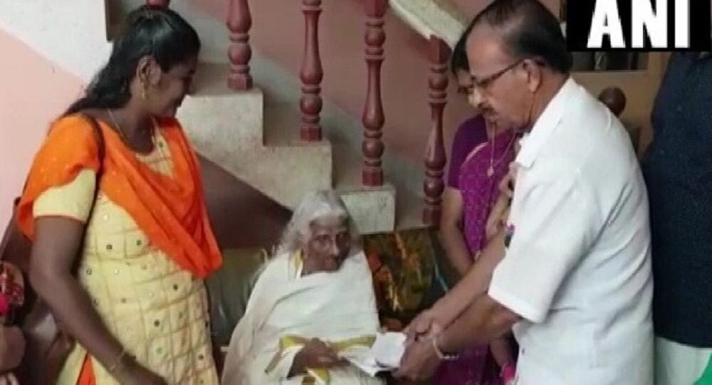105-year-old granny from Kerala appears for class 4 exams