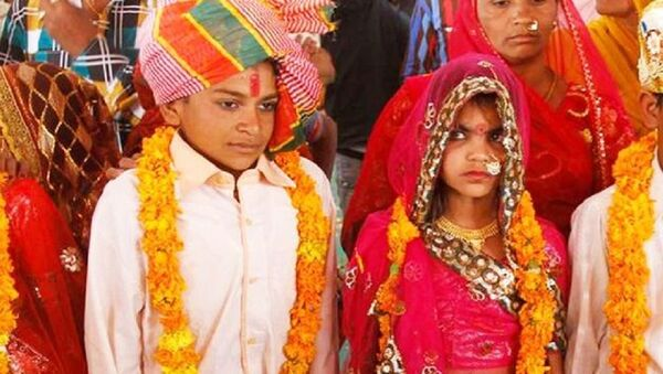 A wrong wedding tradition is going on currently India's various states  - Sputnik International