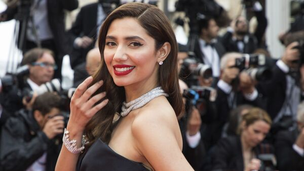 Mahira Khan poses for photographers upon arrival at the premiere of the film 'BlacKkKlansman' at the 71st international film festival, Cannes, southern France, Monday, May 14, 2018 - Sputnik International