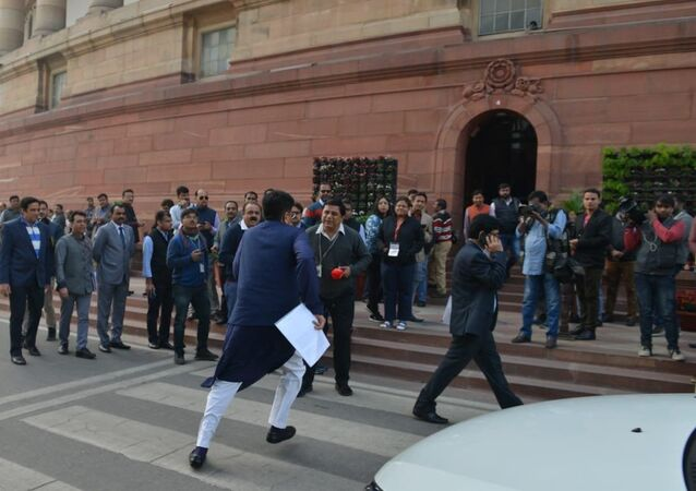 Minister Piyush Goyal  running to attend question hour on time after the cabinet meeting