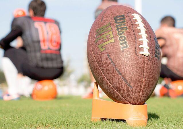 Wilson football, NFL